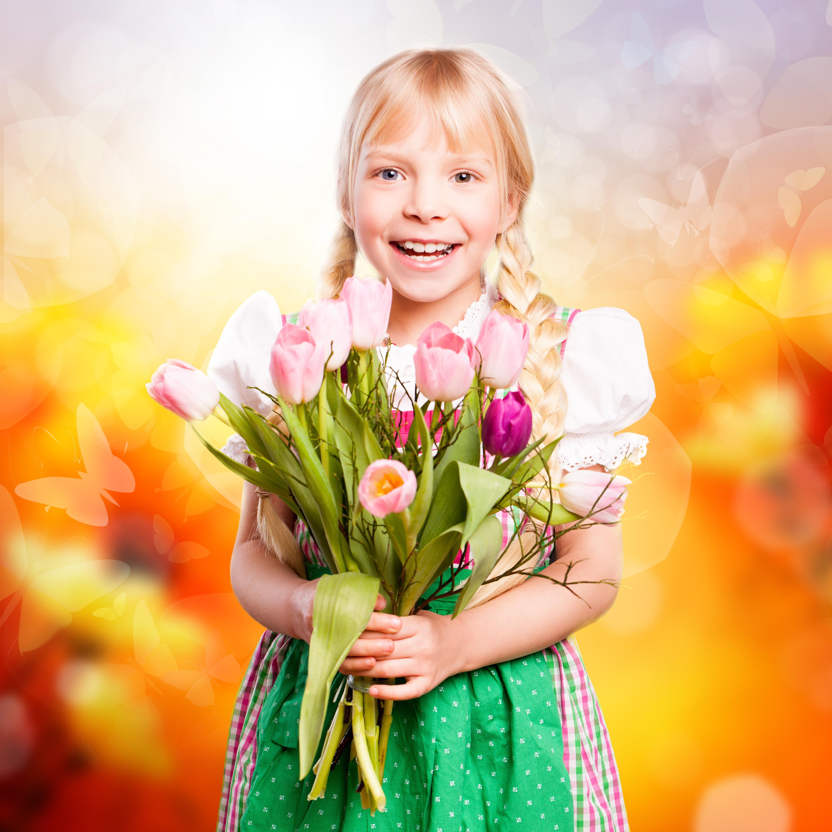 Открытка девушка и тюльпаны, картинки прикольные