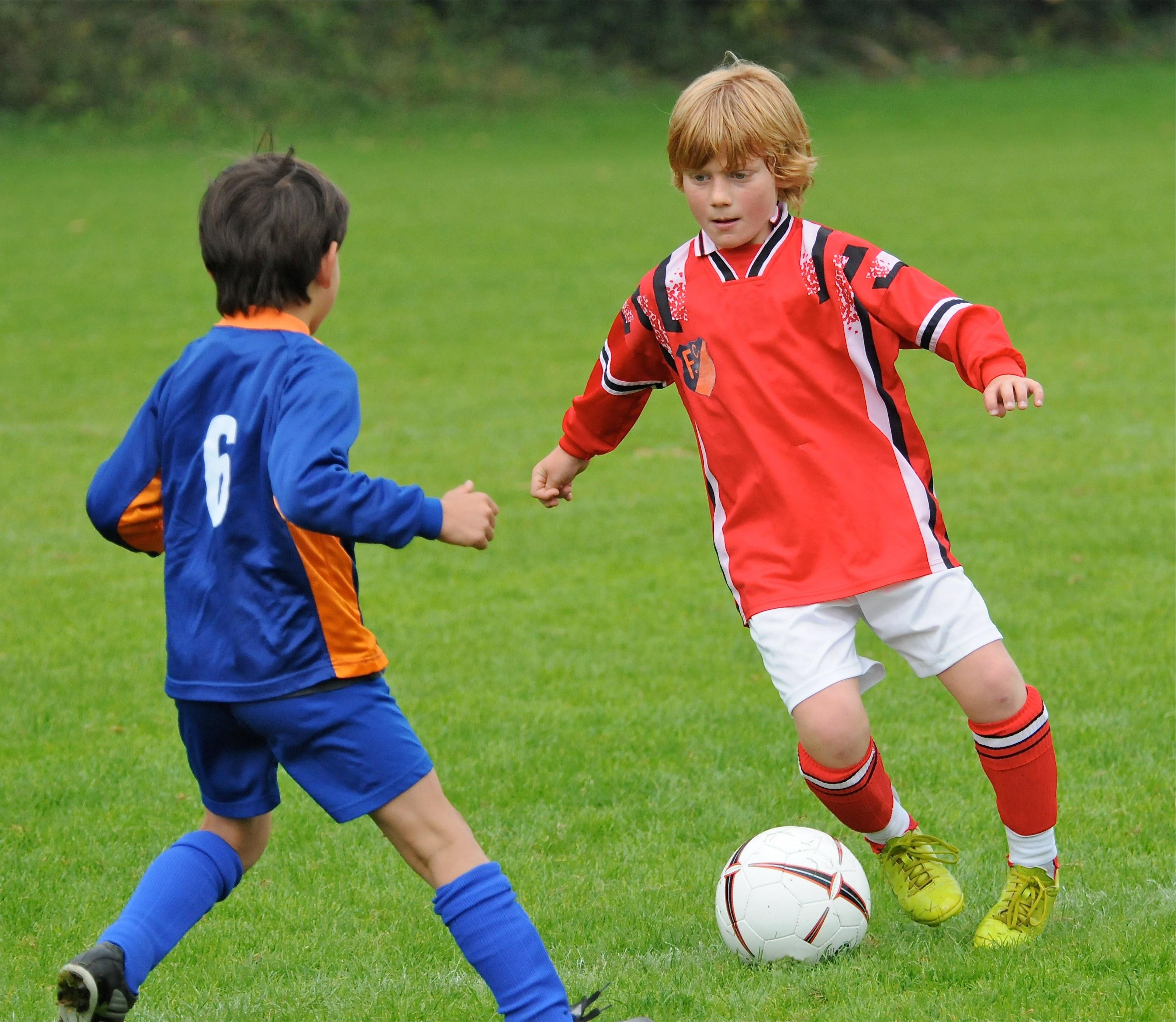 вопрос картинки про игру футбол плечу перевозка