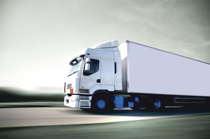 20 21 truck2 shutterstock 27 7f2df125b4 Белое грузовое авто   White freight cars