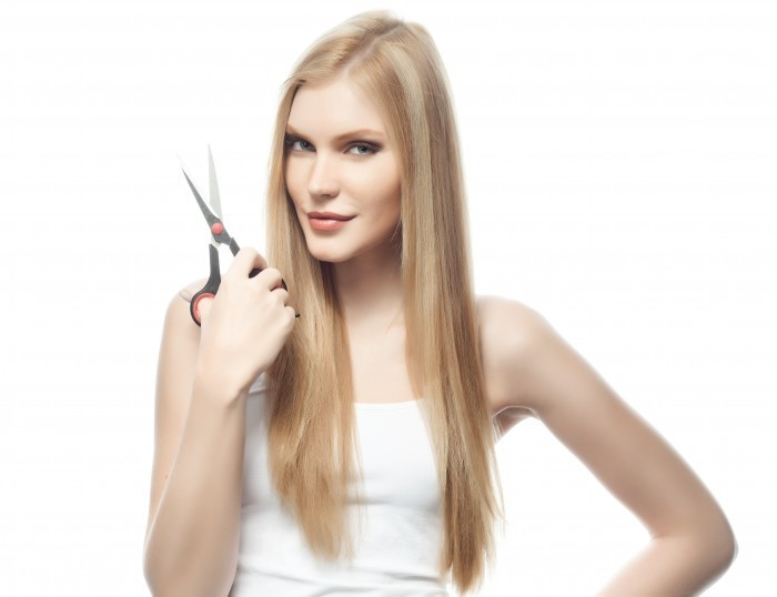 Девушка с ножницами - Girl with scissors