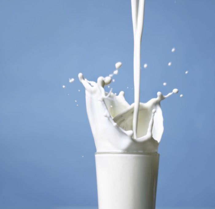 Glassofmilk istock Стакан молока   Glass of milk