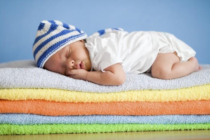 istock 000019764204large Спящий младенец   Sleeping baby