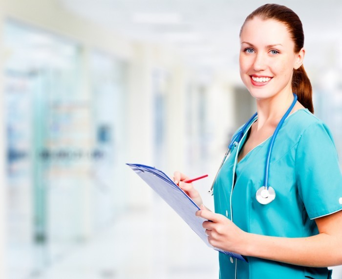 shutterstock 106651139 Врач со стетоскопом   Doctor with stethoscope