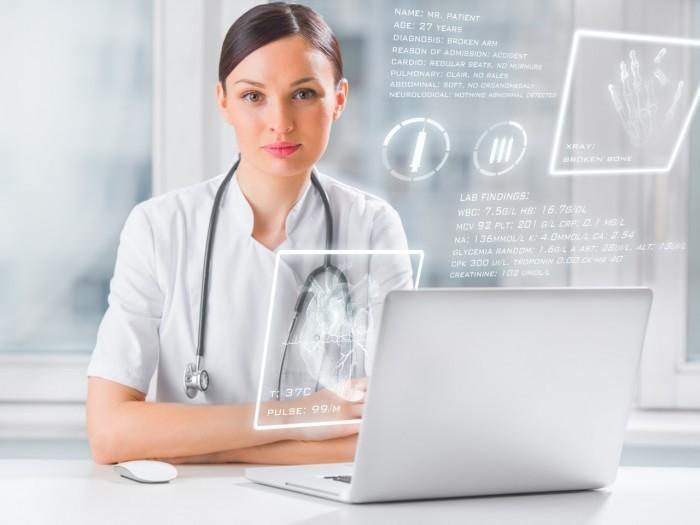 Доктор с ноутбуком - Doctor with laptop