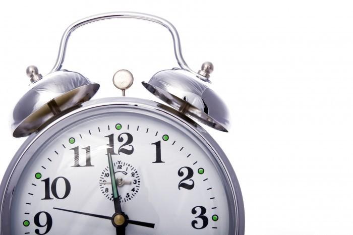 shutterstock 40346767 Будильник   Аlarm clock