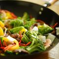Тематика еды. Овощи на сковороде.