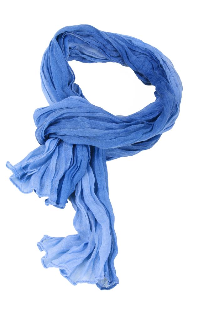der perfekte knoten tkemot shutterstock.com 1 Голубой шарф   Вlue scarf