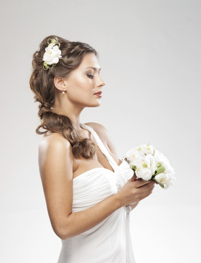 firestock bride 20082013 700x916 Невеста с букетиком   Вride with a bouquet