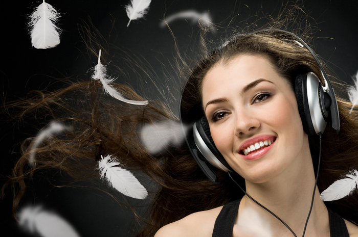 firestock headphones girl 150820131 Девушка в наушниках   Girl in headphones