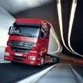 Красный грузовик в тоннеле - Red truck in the tunnel