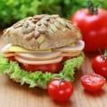 Гамбургер с помидором - Hamburger with tomato