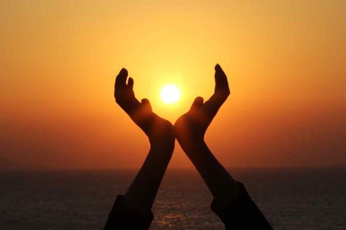 Willingness Закат солнца в ладонях   Sunset at the palms