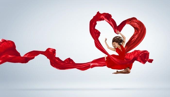 firestock girl red dress 02 09092013 Девушка в красном платье с сердцем   Girl in a red dress with a heart