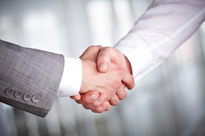 photodune 369921 handshaking m Рукопажатие   Handshake