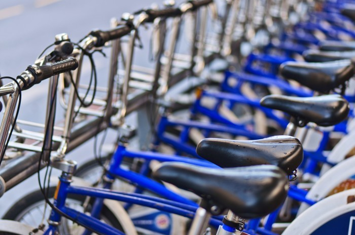 shutterstock 92399113 Ряд велосипедов   Number of bicycles