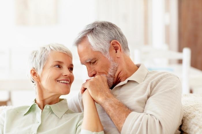 Fotolia 13062718 M Пожилая пара    Elderly couple