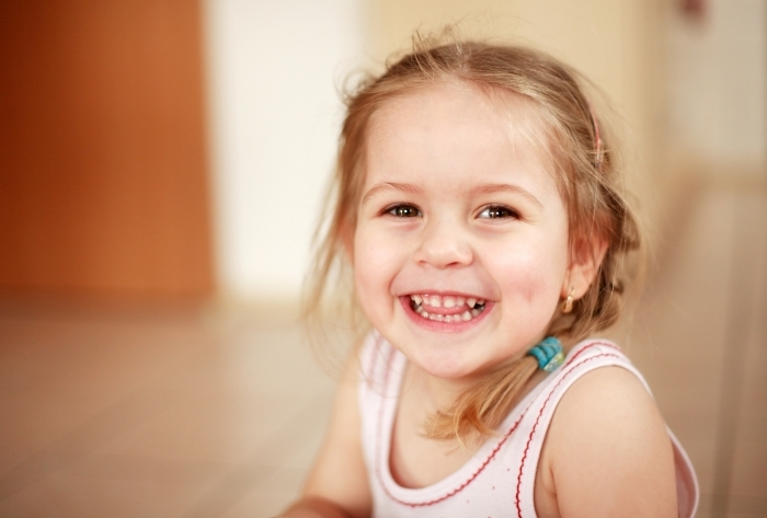 Fotolia 2944304 Subscription L Девочка с улыбкой   Girl with a smile