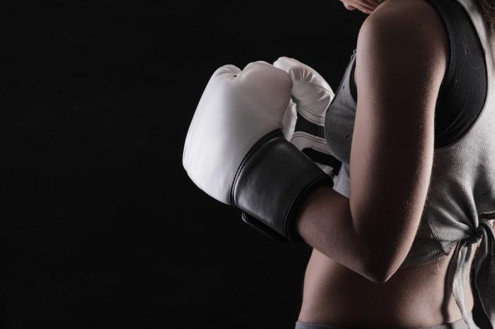 firestock gloves 10102013 Девушка в боксерских перчатках   Girl in boxing gloves