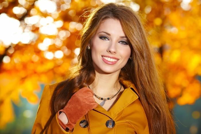 Девушка в пальто картинки