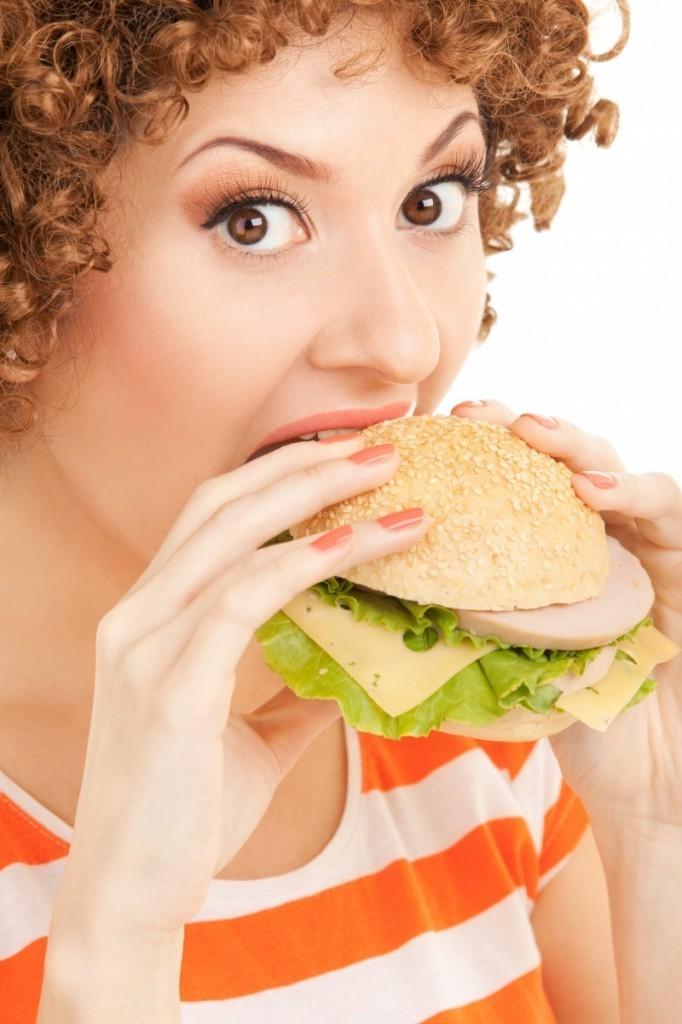 firestock woman food 11102013 682x1024 Девушка с гамбургером   Girl with a hamburger