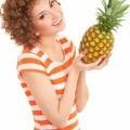Рыжая девушка с ананасом - Red-haired girl with pineapple