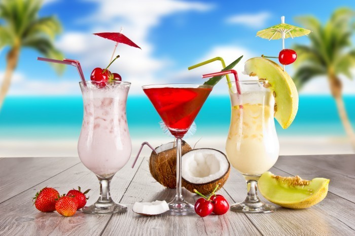 shutterstock 104245379 Тропические коктейли   Tropical Cocktails