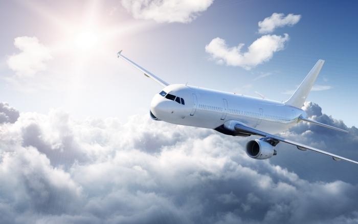3234 6 Белый самолет в небе   White plane in the sky