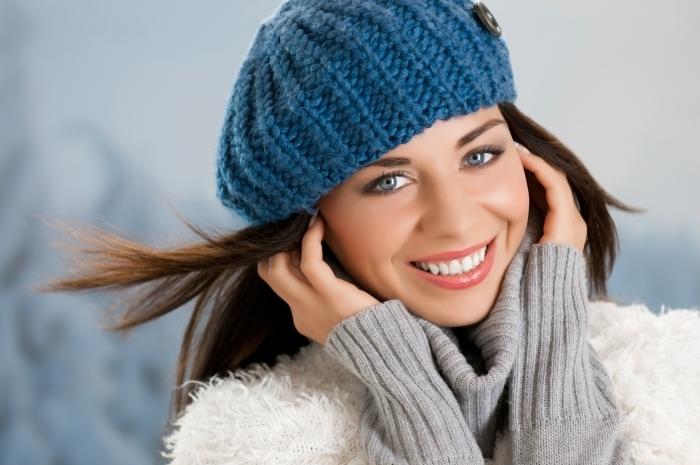 Fotolia 46041472 Subscription XL Девушка в уютной шапке   Girl in a cozy hat