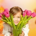 Девочка с цветами - Girl with flowers