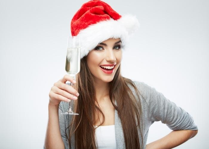 firestock 2711201311 Девушка с бокалом шампанского   Girl with a glass of champagne