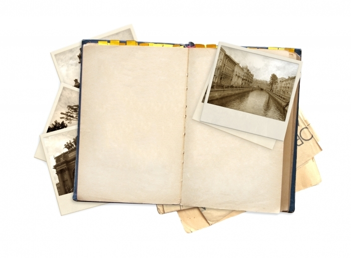 shutterstock 84000799 Альбом со старыми фотографиями   Album with old photos