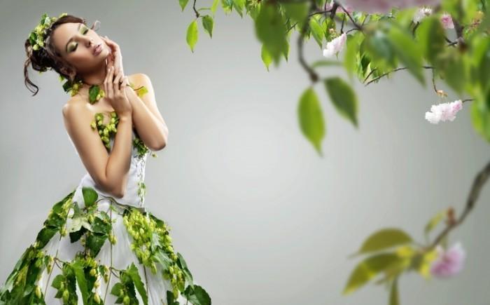 Fotolia 25769445 Subscription Monthly XL 700x435 Девушка весна   Spring girl