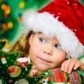 Девочка в новогоднем колпаке - Girl in Winter Hat