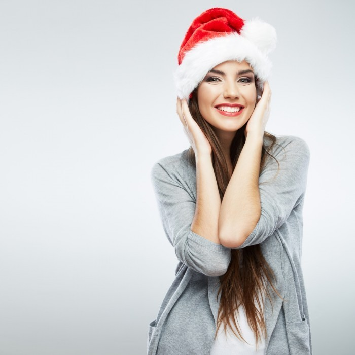 firestock 2711201312 700x700 Девушка в новогоднем колпаке   Girl in Winter Hat
