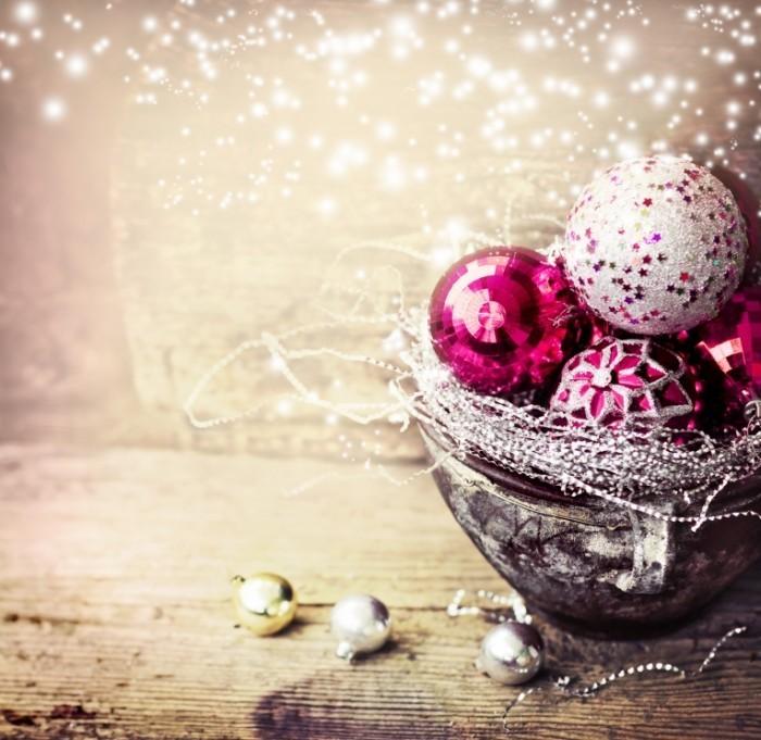 shutterstock 159502397 700x681 Новогодние шары   Christmas balls