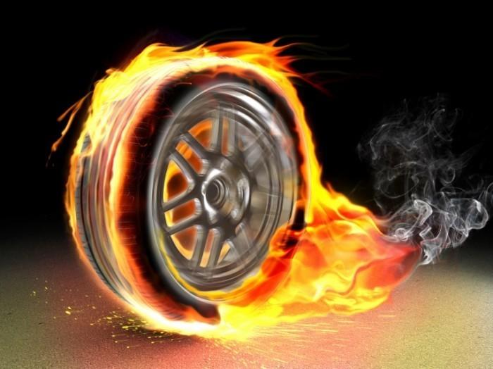 shutterstock 48844951 700x524 Огненное колесо   Wheel of Fire