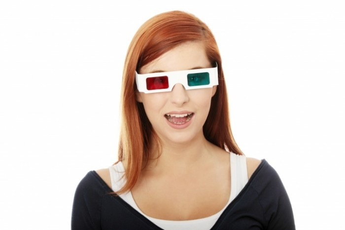 shutterstock 63195655 700x466 Девушка в 3D очках   Girl in 3D glasses