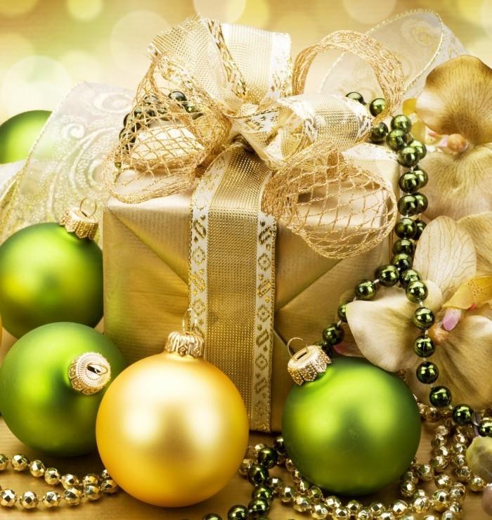 shutterstock 63884779 700x740 Золотистая декорация   Golden decoration