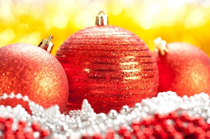 shutterstock 65838898 700x466 Новогодние игрушки   Christmas Toys