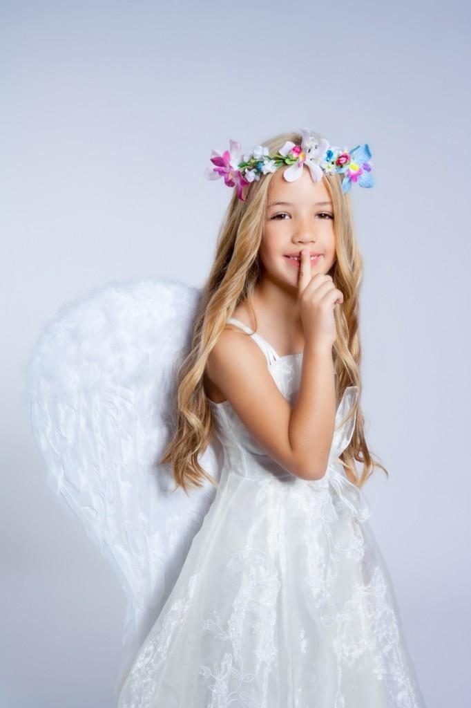 shutterstock 83219416 682x1024 Девочка ангел   Girl angel