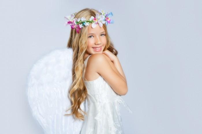 shutterstock 83575924 700x466 Девочка принцесса   Girl Princess