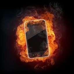 Смартфон в огне - Smartphone in fire