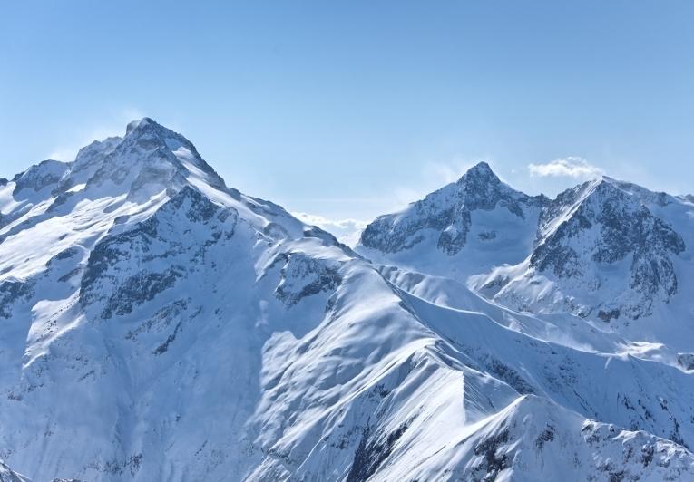 Снежные горы Snowy Mountains