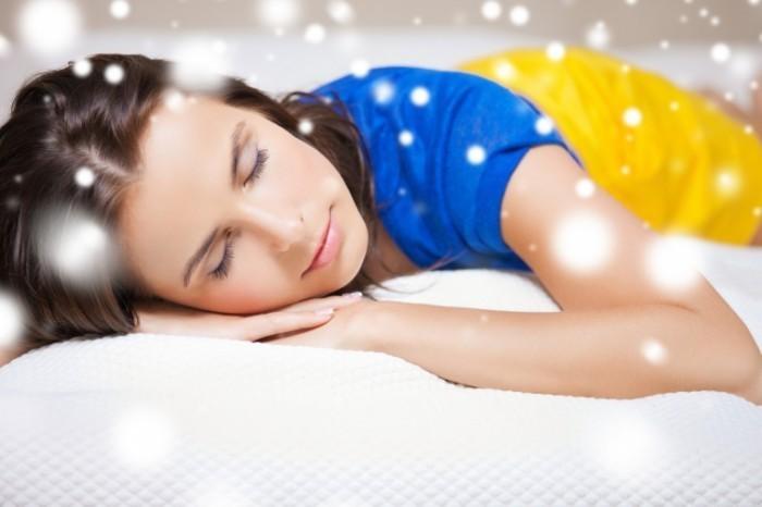 photodune 5839390 700x466 Спящая девушка   Sleeping Girl