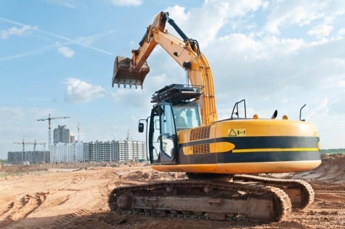 shutterstock 74705815 700x464 Строительный кран   Building crane