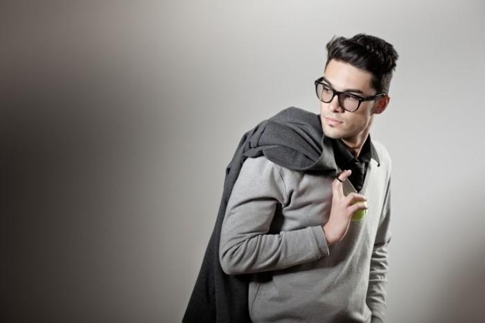 photodune 2426023 700x466 Стильный парень в очках   Stylish guy with glasses