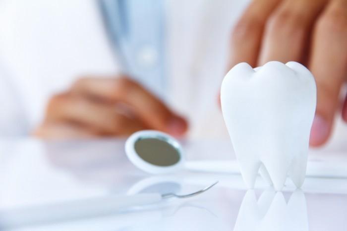 photodune 3740172 700x466 Стоматологическая концепция   Dental concept