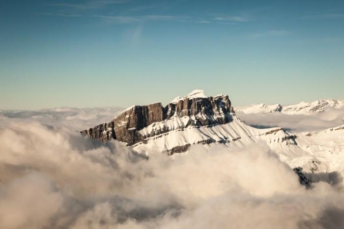 photodune 3757010 700x466 Альпы в тумане   Alps in the fog