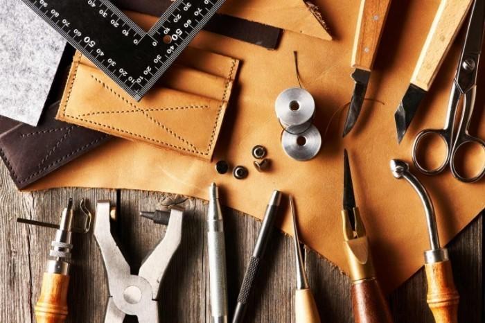 photodune 5108206 700x466 Кожа и инструменты   Leather crafting tools