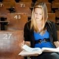 Студентка с книгой - Student with book
